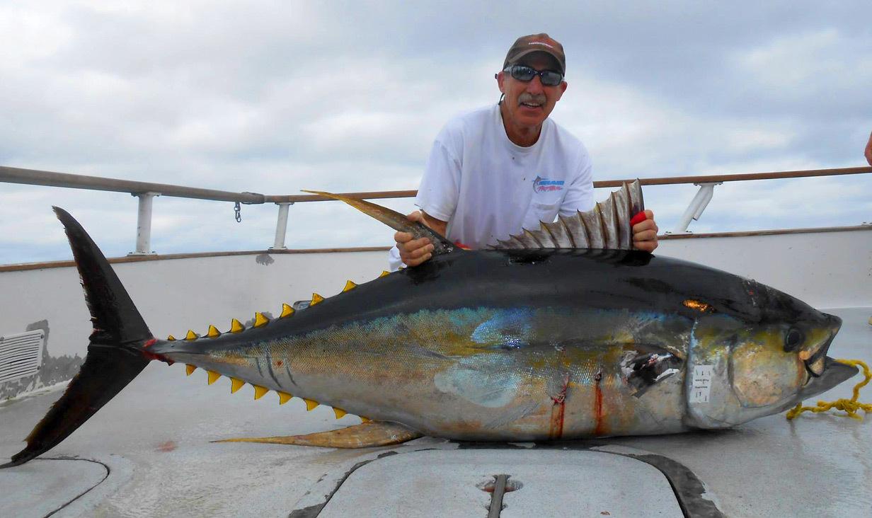 California fishing 5 best long range fishing trips for Best fishing vacations